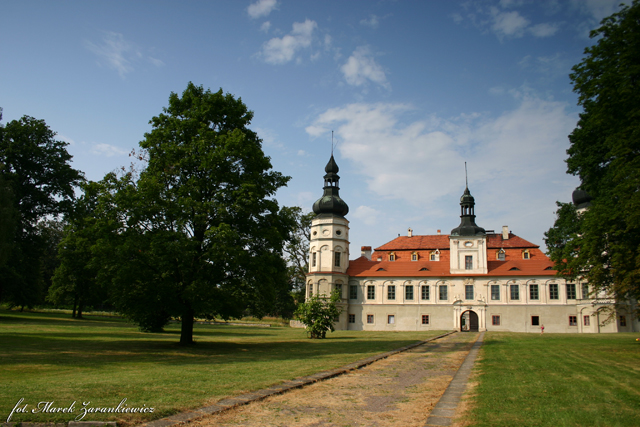 Kompleks Pałacowo-Parkowy hrabiów von Gaschin.jpeg